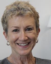Lynn Crescens Smith MSc MBACP