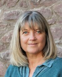 Beth Taylor MSc Psychotherapy, CTA (p), MBACP