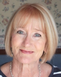 Aileen Brindley MA, MPhil, PGDip Psychotherapy, L4 Counselling Children