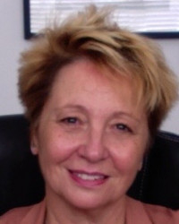 Suzanne Knowles