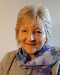Elizabeth (Liz) De Rooy  BSc(Hons) Counselling And Psychotherapy MBACP