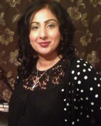 Shabina Ishaq BA (Hons) MA Psychotherapist and Supervisor (MBACP)