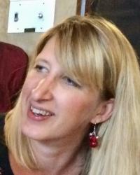 Dr Jess Haskins