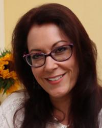Claire Grozinger