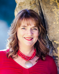 Liz Smith, Accredited Counsellor