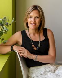 Dr Emma Medard Clinical Psychologist