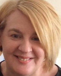 Amanda Wyatt Bsc(Hons) MBACP Reg Counsellor for Young People 16+ and Adults