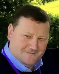 Ian West