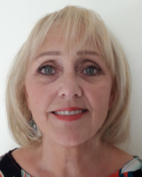 Elizabeth Mosses MBACP Relationship Counsellor, Cognitive Behavioural Therapist