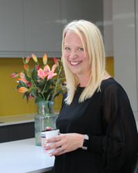 Claire Elmes Emotional Well-Being Consultant: Therapist & Life Coach MBACP, PTUK