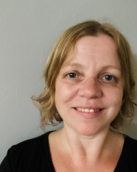 Lynsey Wall, Dip.Couns, PGCE, BSc (Hons) Counsellor, Therapist