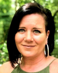 Lisa Stalley, MBACP - BA (Hons) Integrative Counsellor & Psychotherapist