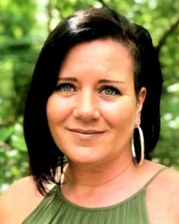 Lisa Stalley, MBACP - BA (Hons) Counsellor, Trauma & Eating Disorder Therapist