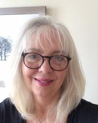 Dr Liz Mellor