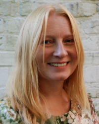 Dr Emma Selby