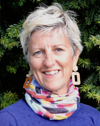 Joanna Woods Psychotherapeutic Counsellor, MBACP, PGDip, BA Hons