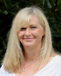 Lesley Pemberton
