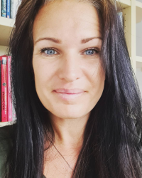 Amy Engleman. Psychotherapist, MNCS Accred. Face to face & Online