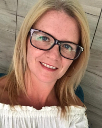 Nicola Biggs Registered MBACP - Adult & Teen Integrative Counsellor
