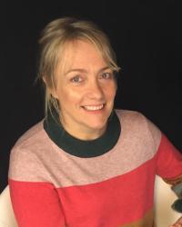 Dr Lisa Wood