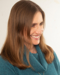 Elena Dunn MBACP Trauma and Addiction Counsellor; Family Therapist