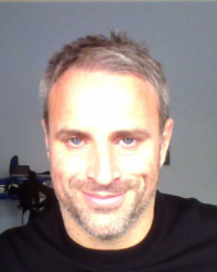 Dr Kevin Hartie