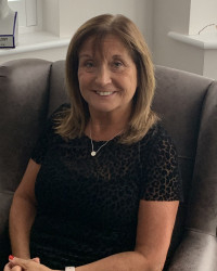 Ann McDonnell BACP (accred) Psychodynamic Counsellor and EMDR therapist.