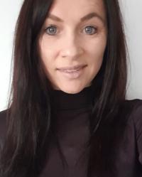 Zoe Barrett MBACP Integrative Counsellor