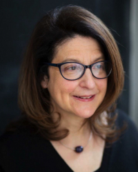 Elizabeth Karsberg (BA Hons), BPC accredited, CQSW