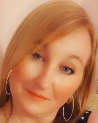 Yvonne Simms MBACP (Red Rose Therapy)
