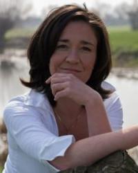 Sarah Bullock MA Creative Psychotherapy and EMDR