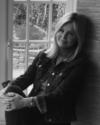 Cheryl Oldland MBACP- Psychotherapist/Counsellor
