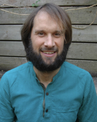 Will Roberts, MA (Integrative Arts Psychotherapy)