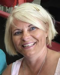 Helen Robins MA ICP UKCP MBACP