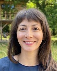 Chloe Sparrow, MA, Art Psychotherapist