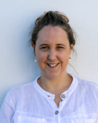Kate Mendez, Counsellor & Psychotherapist. MSc Therapeutic Counselling, MBACP