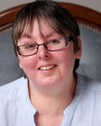 Liz Jeffries CTA, Psychotherapist MNCS (Accred). Online Therapist (ACTO)