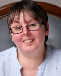 Liz Jeffries CTA, UKCP Reg Psychotherapist. Online Therapist (ACTO).