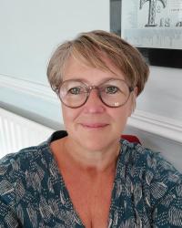 Charlotte Bond Counsellor/Psychotherapist MBACP