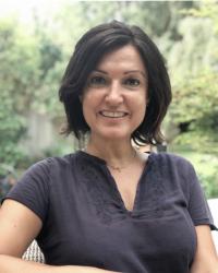 Silvia Manwaring (MA, UKCP, HCPC, BAAT)