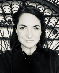 Lara Myall    NW London Counsellor    In-Person & Online Therapy