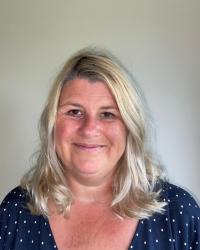 Haley Tidball - MBACP - Dot To Dot Counselling