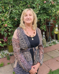 Karen Livermore, Counsellor, MBACP - Adults, Children and Teenagers
