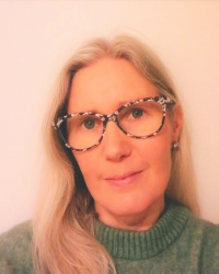 Karolina Christopher, Integrative Psychotherapist & Youth Counsellor (UKCP-reg.)