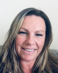 Clare Wilkins Oak Tree Therapy