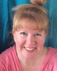 Lucianne Gerrard BA (hons) Humanistic Counselling; BSc (hons) Pschology
