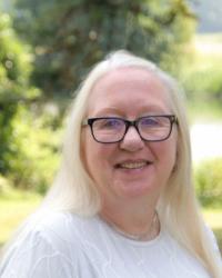 Dr Lynn Suter, CPsychol; AFBPsS