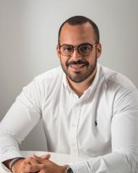 Dimitrios Kouklakis | Integrative Counsellor & CBT Psychotherapist