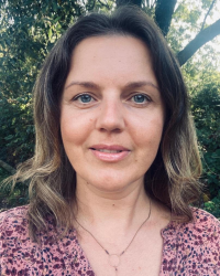 Renata Paczkowska-Counselling and Outdoor Therapy. BA (Hons), MBACP