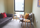 E17 therapy room. 2 minutes walk from Blackhorse Road tube station.